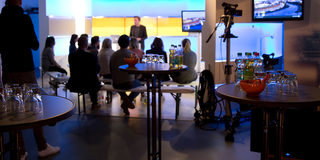 Mit STUDIO 47 wird Ihr Event zur TV-Show: Media Production, Video Design & Stage Management